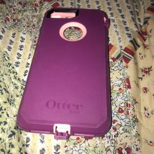Purple Otterbox iPhone 7 Plus